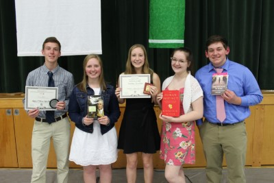 Badin students accept Academic Awards